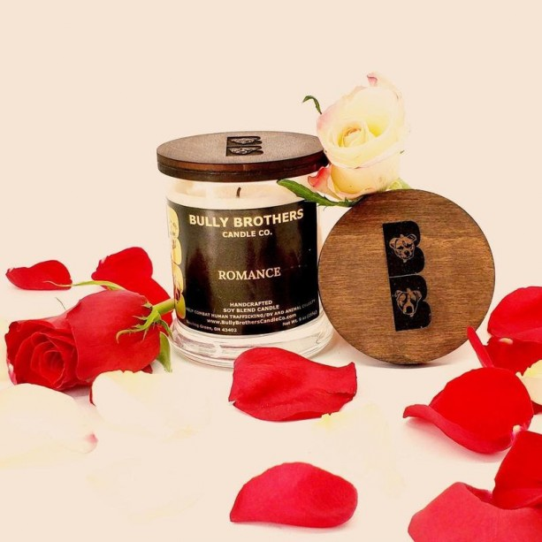 Romance - Candle 9 oz jar