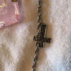Silver Toned Black Cross Chain Style Bracelet