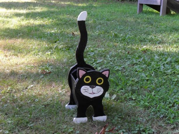 Black & White Cat planter box