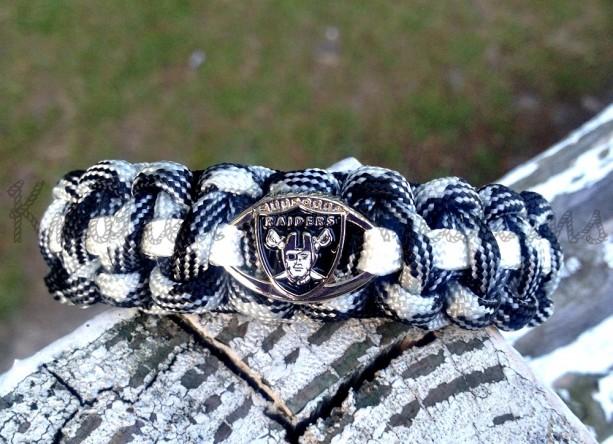 Oakland Raiders Paracord Bracelet
