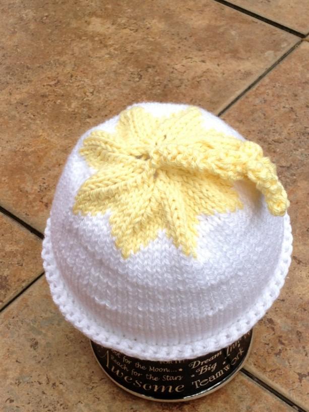 Starflower Preemie Hat