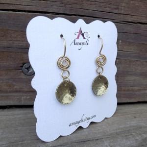 Gold hammered disc earrings, circle earrings, swirl dangle earrings, brass earrings, minimalist jewelry, round drop earrings