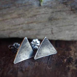 Small Sterling Silver triangle studs - Post earrings - Triangle earrings - Geometric silver earrings