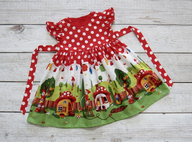JOLIN- Girl Gnome Dress