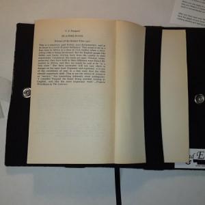 Read E-Z book cover/holder in Library fabric