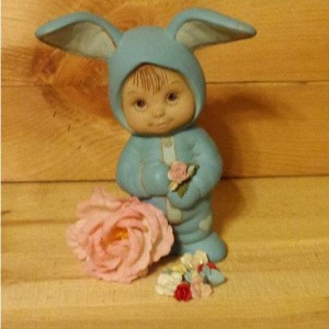 Mom Look What I Got For You! Bunny Baby with Roses