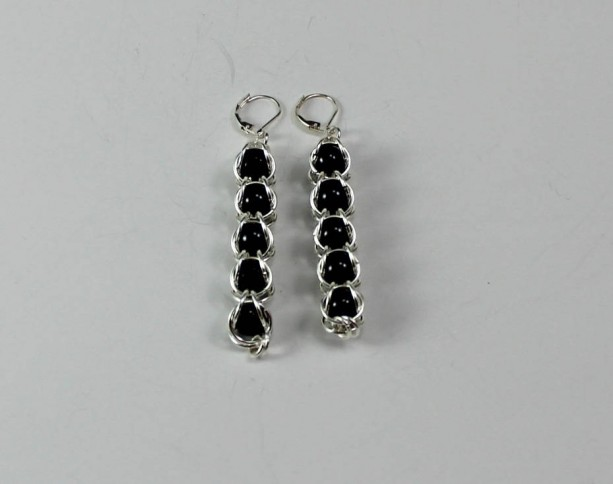 5 Black Captured Pearl Chainmaille Earrings