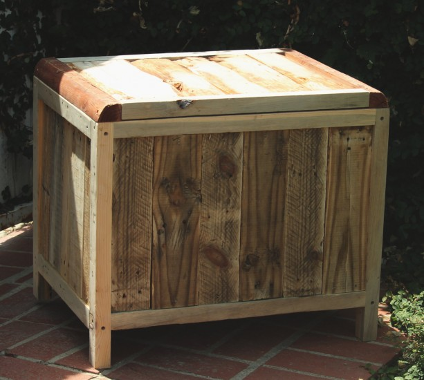 Storage Chest, Reclaimed Pallet Wood, Vintage Style, Rustic Chest, Blanket  Chest,