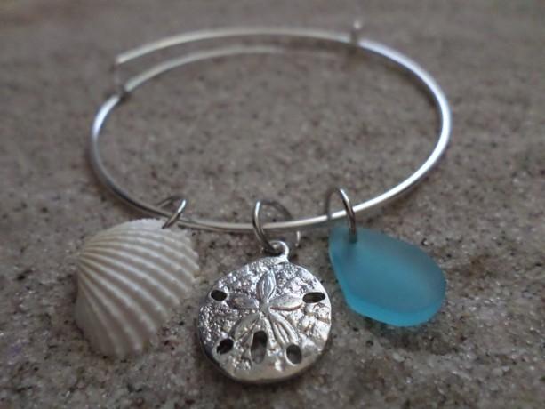 bangle bracelet w.sea glass, shell & charm