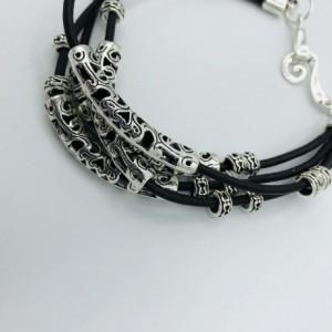 """9"""" Unisex Leather Bracelet"""
