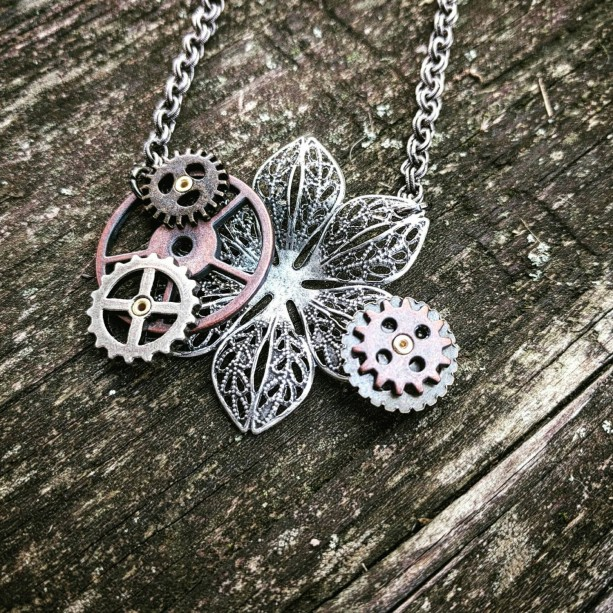 Steampunk Kinetic Industrial Neo-Victorian Handmade Ooak Machinery Filigree Lace Antiqued Copper Gears Necklace