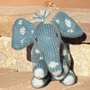 Knitted Elephant Toy, Stuffed Animal, Hand Knit Elephant, KidsToy, Stuffed Elephant, Blue Grey Toy, Safari Toy, Plush Elephant, Handmade