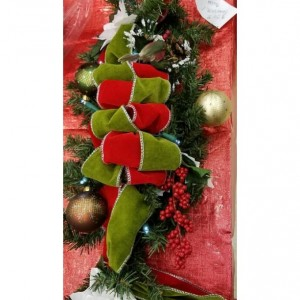 Holiday Evergreen Lighted Pine Swag Centerpiece Wreath Christmas Decoration