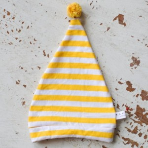 0-3 mo Elf - Hobbit - Gnome - Dwarf Hat with PomPom Tail. Newborn hat in yellow and white striped cotton fabric.