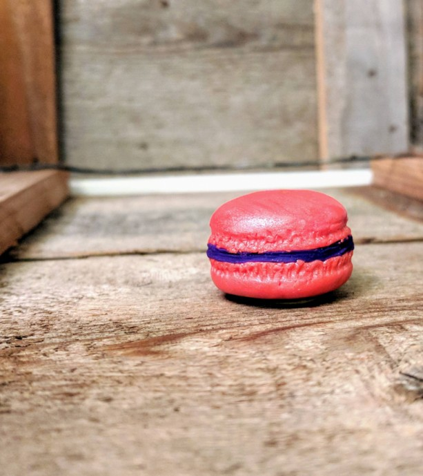 Macaroon Magnet • Macaroon Decor • Gift for Bakers • Friendship Gift • Cookie Decor •  Customizable • Heavy Duty • Strong Magnet • Realistic