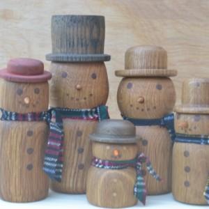 Wooden Snowman Family