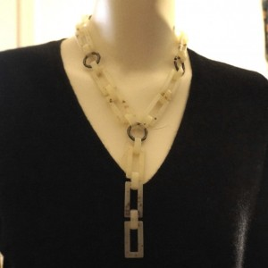 L.E. Mod Lucite Rectangle & Metal Link Y Necklace 18""