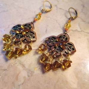 Amber color crystals bracelet /earrings set using bronze color flower connectors #BES00120