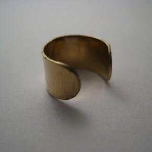 10 Karat Gold Ear Cuff with Heart
