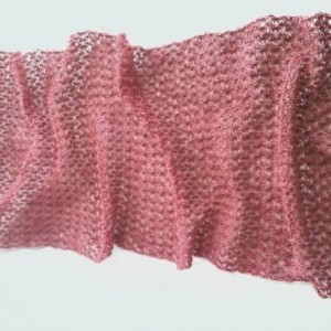 Lover's Knot Wrap in Country Rose