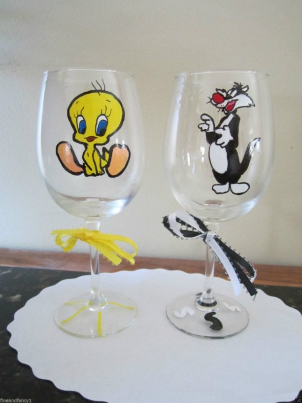 Hand Painted Wine Glass Sylvester Cat and Tweety Bird  Set of 2  -  12 oz. Stemware