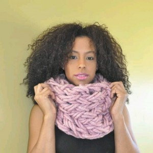 Light Pink / Arm Knit / Handmade / Infinity / Chunky / Cowl / Hood / Snood /  Loop /  Scarf