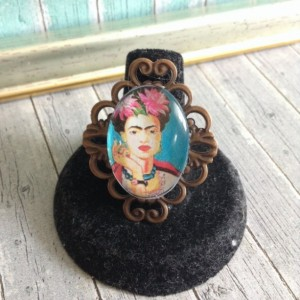 Frida Kahlo Rings with frames, Glass Dome, Frida Kahlo Portrait on a Glass Dome