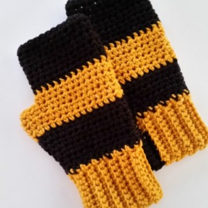 NFL Team Scarf with tassels - Pittsburgh Steelers Scarf, Neckwarmer Scarf, Football Scarf, Crochet Scarf, Handmade Scarf, NFL Scarves, Jets