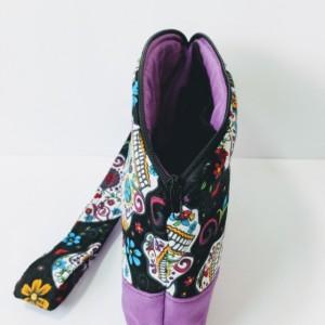 Sugar Skull Wristlet, Women's Grab n Go Wristlet, Cell Phone Wallet, Fabric Wristlet, Small Handbag, Gift for her