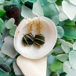 Olive green frosted sea glass earring and necklace set, wrapped with gold wire, beach glass, beach jewelry, hamdmade, island style