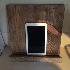 Rustic tablet stand