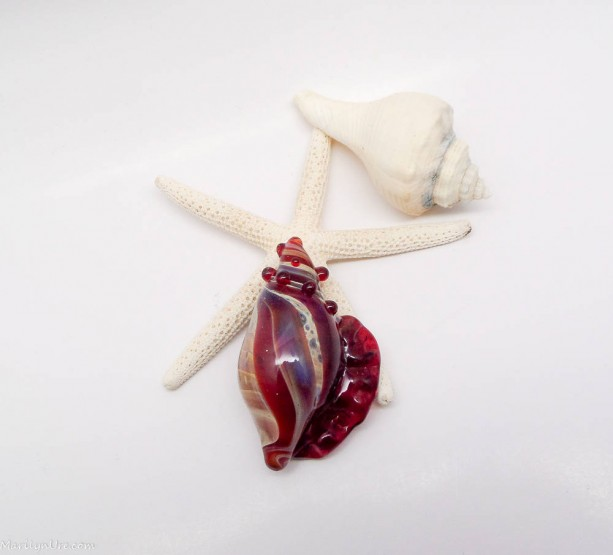 Caramel Ruby Boro Glass Sea Shell Pendants