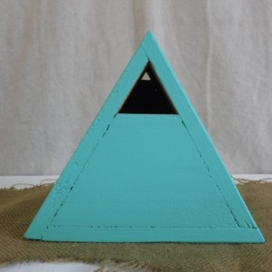 Teal Birdhouse, Teal Cedar Triangle Birdhouse, Teal Cedar Birdhouse, Cedar Bluebird House, Painted Cedar Birdhouse