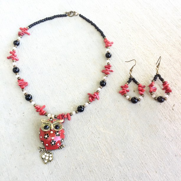 Natural coral sticks, black agate onyx, glass and bronze owl necklace & earrings