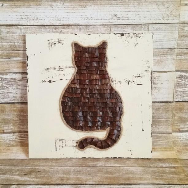 Rustic Distressed Pine Cone Cat 8x8 Inches Wood Plaque