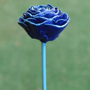 Dark Blue Hand-Painted Cedar Rose Pine Cone Flower