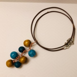 Turquoise Beaded Pendant Necklace