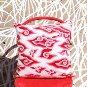 Red Batik Pillow, Handmade Decorative 18 x 18 inches Pillow, Traditional Chinoiserie Batik Mega Mendung Pillowcase, Modern Decorative Pillow for Couch