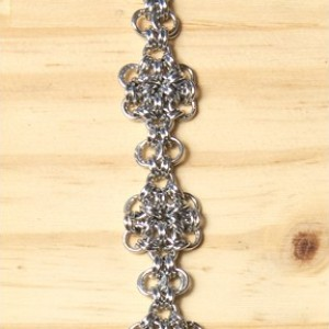 "The Mini ""Flower"" Chainmaille Bracelet"