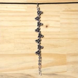 """Neoprene Triangle Knots"" Chainmaille Bracelet"
