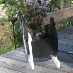 Dutch rabbit planter box