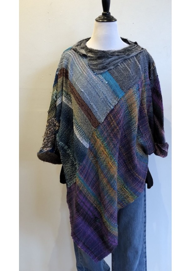 Sweater Top with Felted Collar