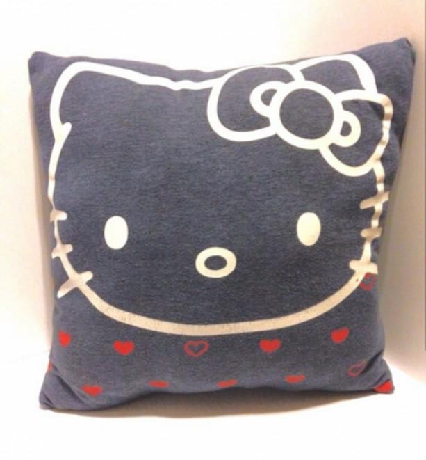 Hello Kitty T-shirt throw pillow