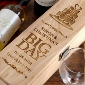 Personalized Engraved Wine Box / Custom Gift Box