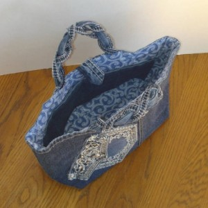 Handcrafted UPCYCLED JEAN HANDBAG with magnetic closure