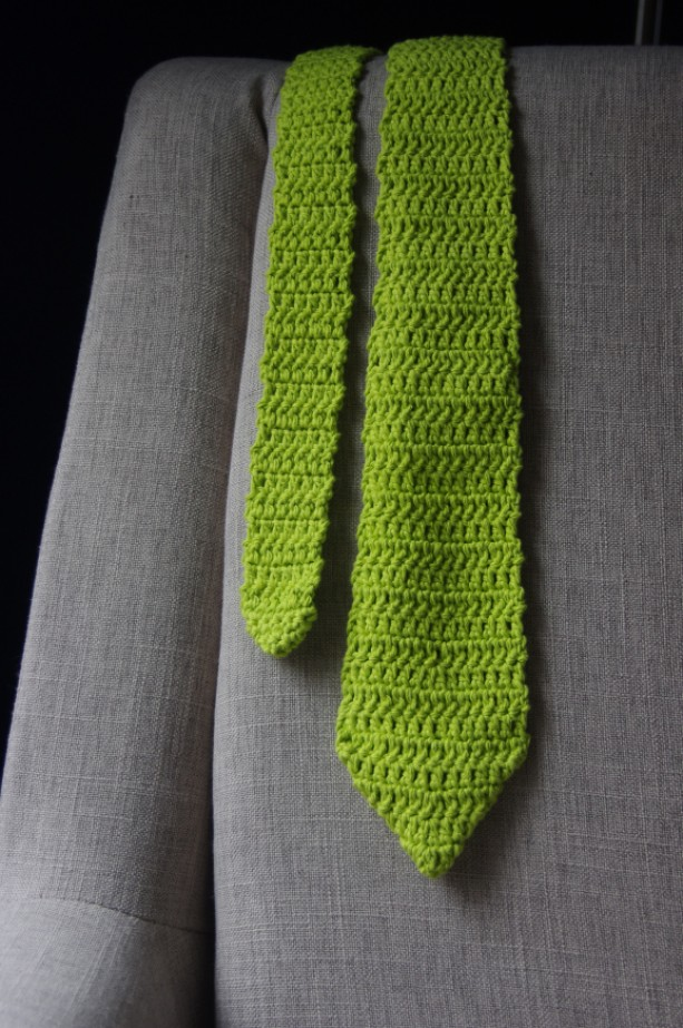 Men S Crochet Necktie In Eye Catching Colors And Patterns