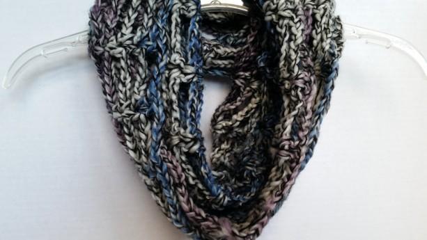 Infinity Cowl Scarf - Circle Scarf, Chunky Scarf, Scarf Neckwarmer Crochet, Unisex Scarf