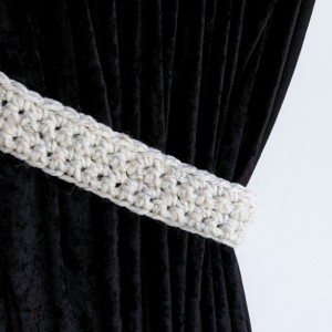One Pair of Off White Wheat Curtain Tie Backs, White with Black Crochet Knit Drapery Tiebacks for Drapes, Basic Modern Holdbacks, Ready to Ship in 2 Days