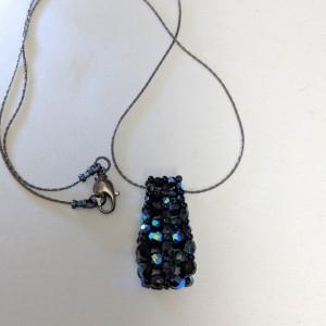 Black Iris Graduated Czech Fire Polished Vertical Slide Bar Pendant Necklace
