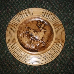 Deer 3 track round cribbage board with storage